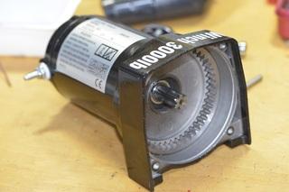 06-motor1.JPG