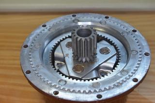 2070-gear.JPG